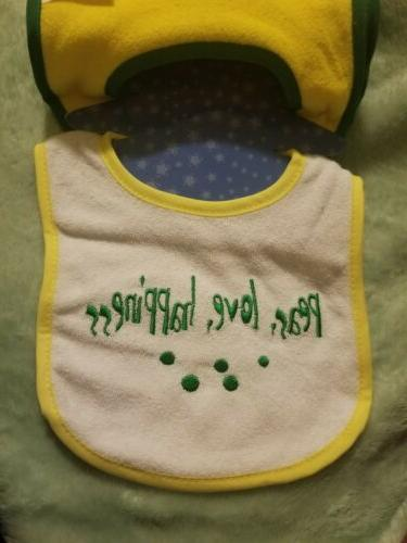 """NUBY """"Sayings"""" Pack Series Terry Cloth Gift Set Green"""